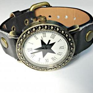 Vintage Star Face Leather Band Watc..