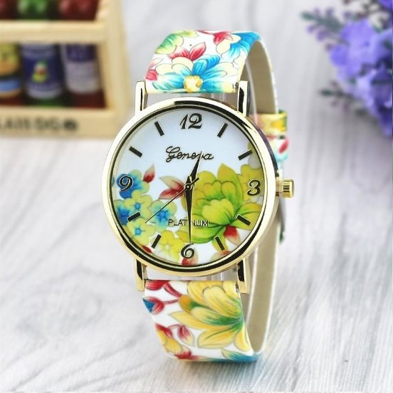 Vintage Flower Retro Quartz Watch Leather Band Unisex Wrist Watch For Men Lady Retro Round Quartz Watch Green