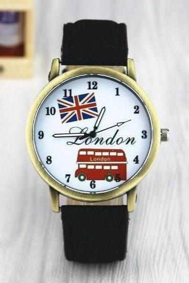Handmade Vintage London Bus Face Leather Watchband Unisex Wrist Watch For Men Lady Retro Round Quartz Black