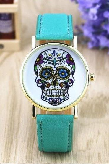 Suger Skull Face Leather Watchband Unisex Wrist Watch For Men Lady Retro Round Quartz Mint