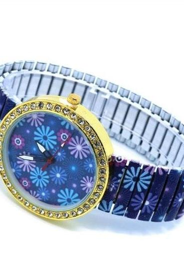 Vintage Flower Face Stainless Steel Band Unisex Wrist Watch For Men Lady Retro Round Quartz Watch Pattern 3