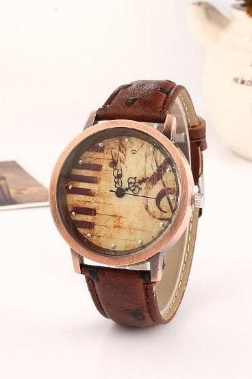 Piano Retro Quartz Watch Leather Band Unisex Wrist Watch For Men Lady Retro Round Quartz Watch Dark Brown