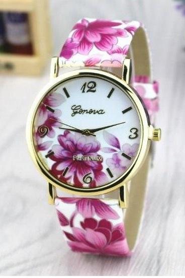 Vintage Flower Retro Quartz Watch Leather Band Unisex Wrist Watch For Men Lady Retro Round Quartz Watch Hot Pink