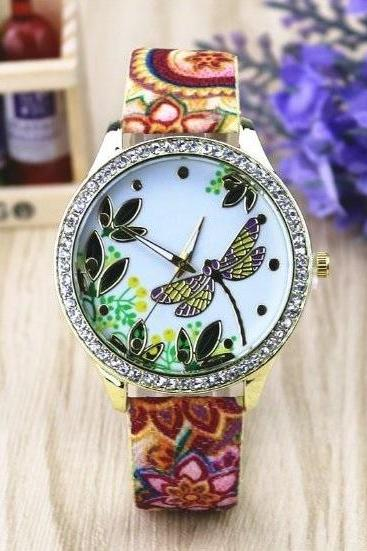 Dragonfly Retro Quartz Watch Leather Band Unisex Wrist Watch For Men Lady Retro Round Quartz Watch Pattern 1