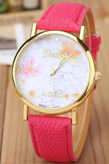 Small Yellow Flower Watch Retro Quartz Watch Leather Band Unisex Wrist Watch For Men Lady Retro Round Quartz Watch Hot Pink