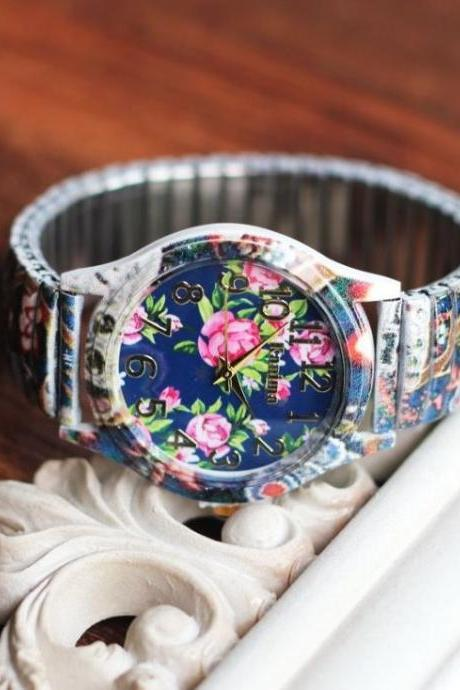 Retro Flower Face Stainless Steel Band Unisex Wrist Watch For Men Lady Retro Round Quartz Watch Blue
