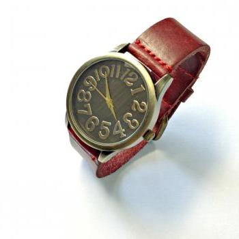 Handmade Vintage Classical Big Arabic Numerals Face Leather Band Men Women Girl Quartz WristWatch Red