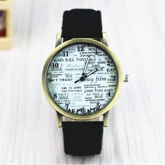 Newspaper Retro Quartz Watch Leather Band Unisex Wrist Watch For Men Lady Retro Round Quartz Watch Black
