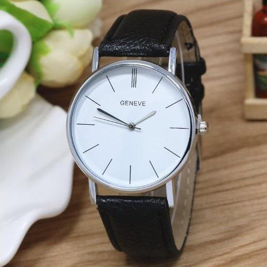 Vintage Retro Quartz Watch Leather Band Unisex Wrist Watch For Men Lady Retro Round Quartz Watch Black