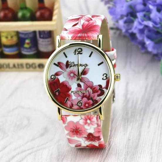 Vintage Flower Retro Quartz Watch Leather Band Unisex Wrist Watch For Men Lady Retro Round Quartz Watch Red