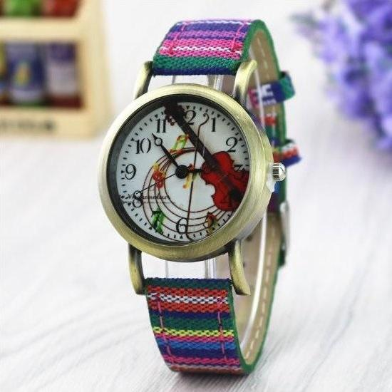 Ethnic Style Retro Quartz Watch Leather Band Unisex Wrist Watch For Men Lady Retro Round Quartz Watch