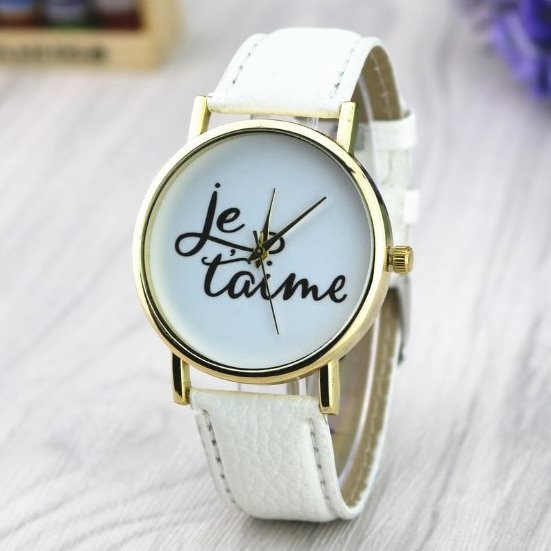 Love Watch Retro Quartz Watch Leather Band Unisex Wrist Watch For Men Lady Retro Round Quartz Watch White